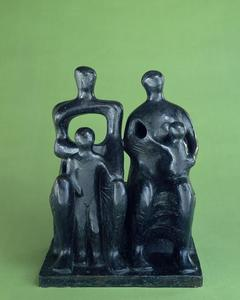 Henry Moore - Familia Group1