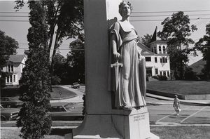 Lee Friedlander - Para los que hicieron el sacrificio supremo. Bellows Falls, Vermont