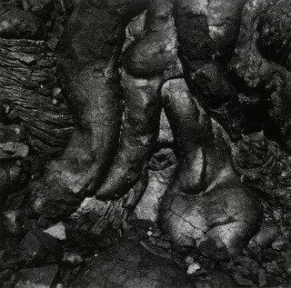 volcán 54  , 1980 de Aaron Siskind (1903-1991, United States) | WahooArt.com